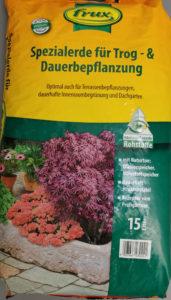 hochwertige Spezialerde für den Blumenkübel