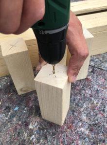Fuesse für Blumenkasten aus Holz